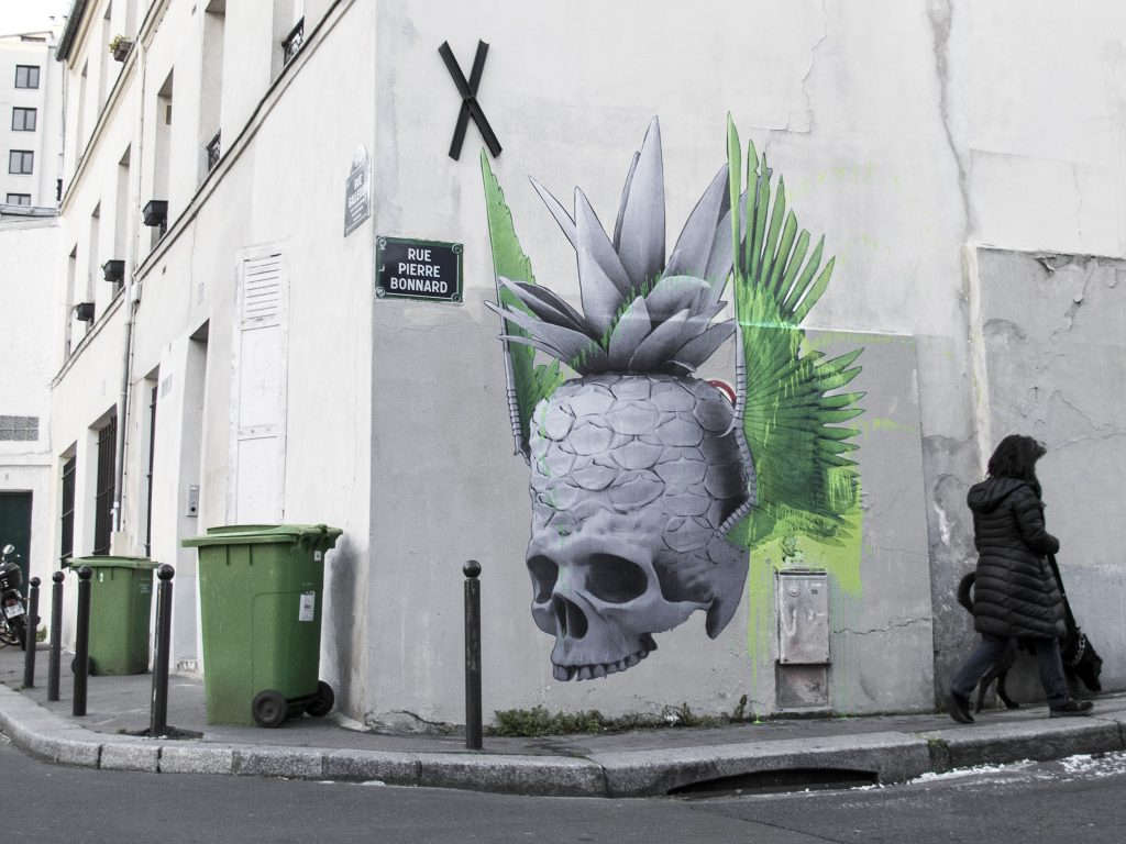 """Fly On, Little Wing"" & ""Swallow On Roses"" by Ludo in Paris"