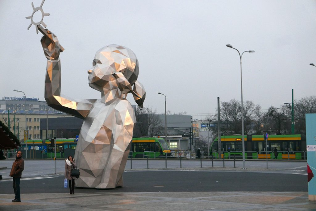 Monumental sculpture 'Lucie' by David Mesguich in Poznan