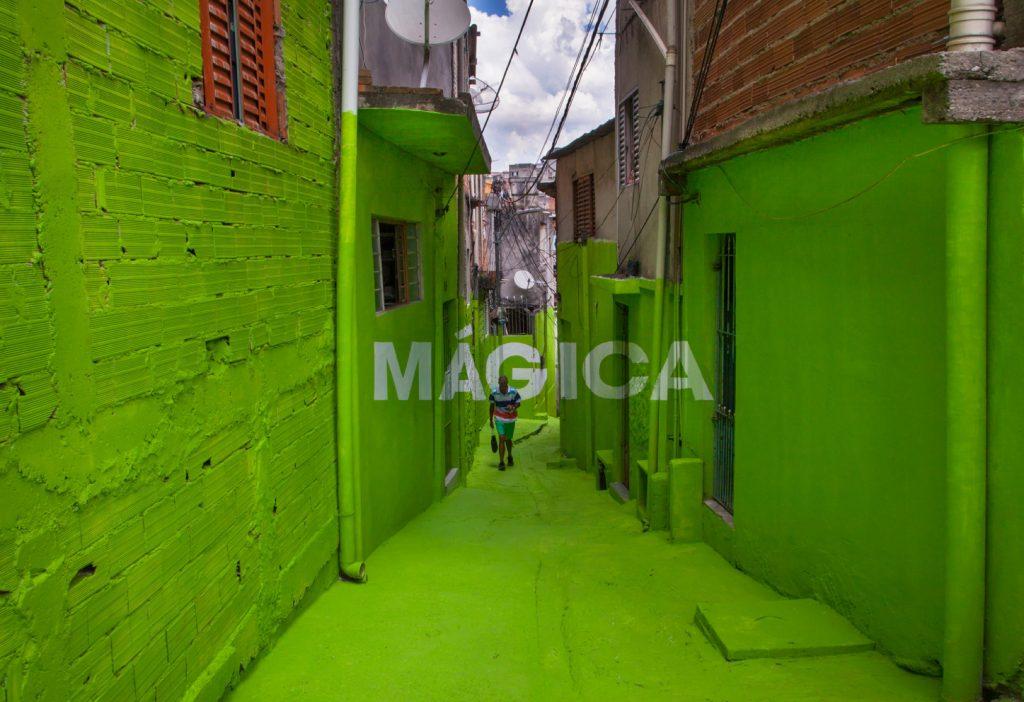 """Poesía"" and ""Magica"" by Boa Mistura in São Paulo"