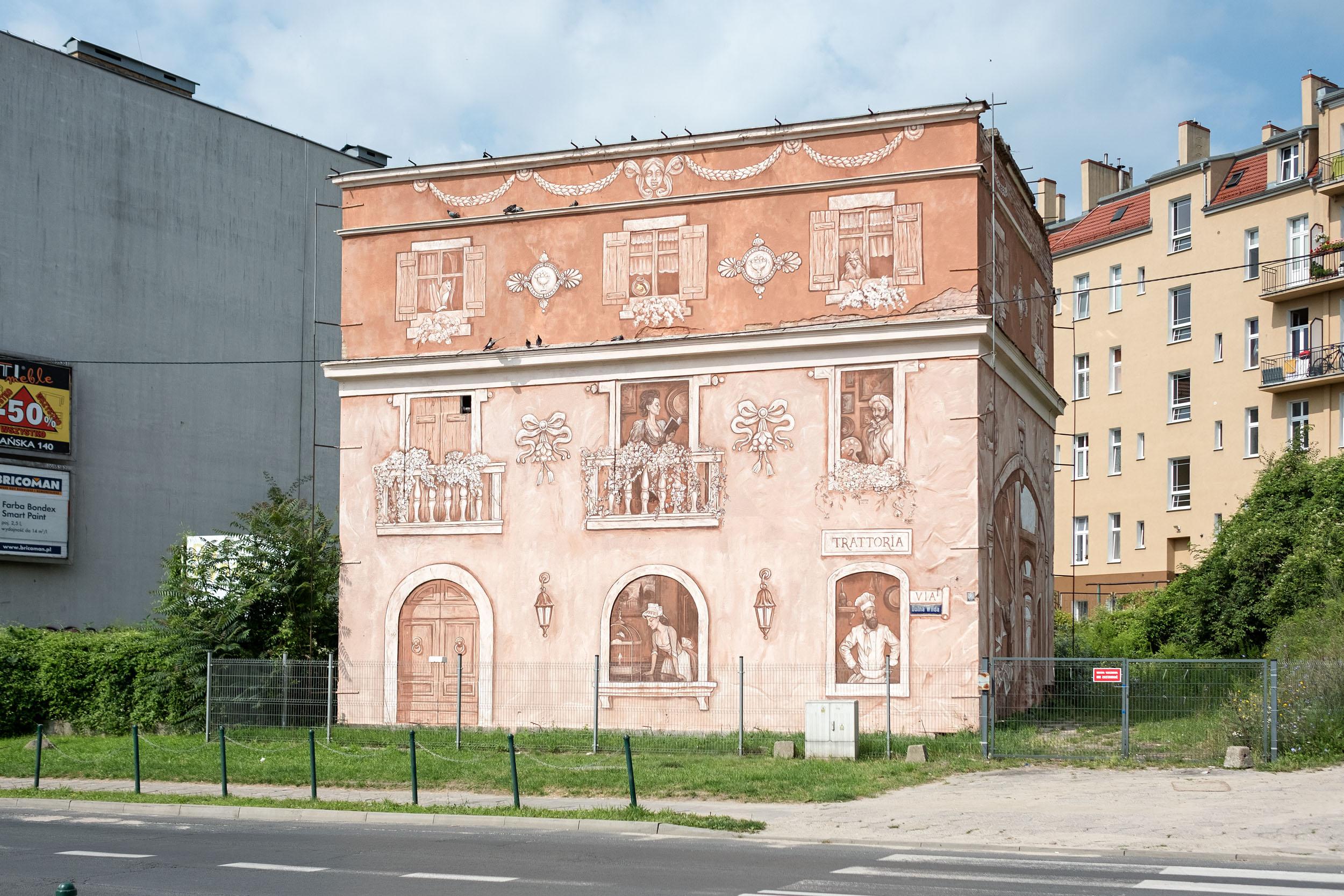 """Neighbors"" by Mark Maksimovich and Alex Novitski in Poznan, Poland Artes & contextos 001"