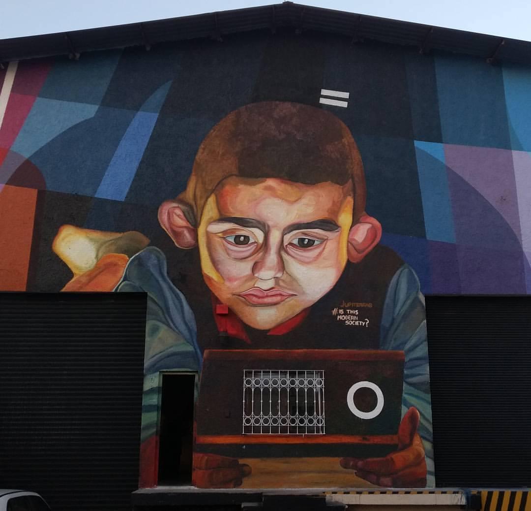 """Is this modern society?"" by Jupiterfab in Guadalajara, Mexico Artes & contextos mural 3"