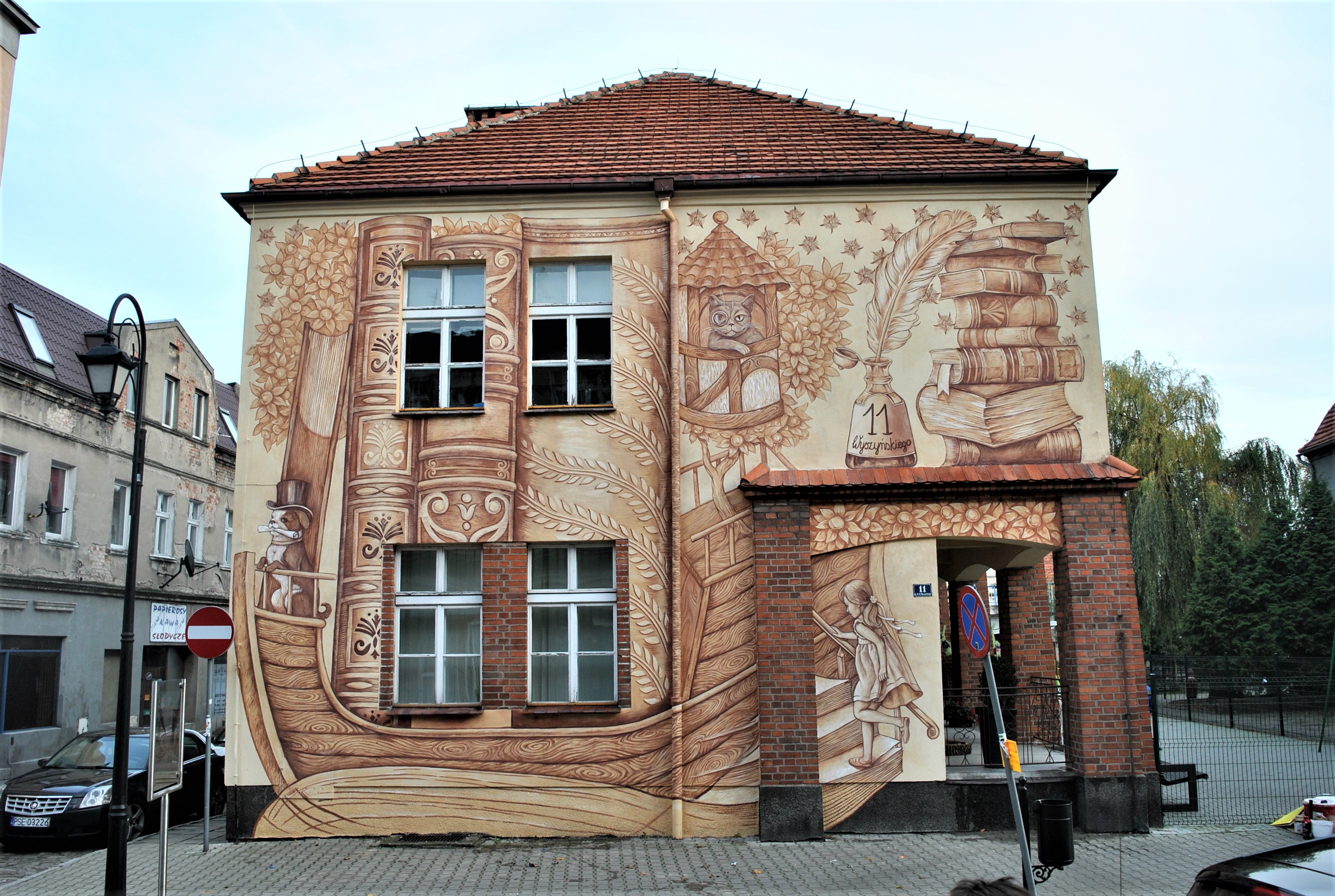 """BOOK ADWENTURES"" by Wow Wall Studio in Srem, Poland Artes & contextos book adwenture"