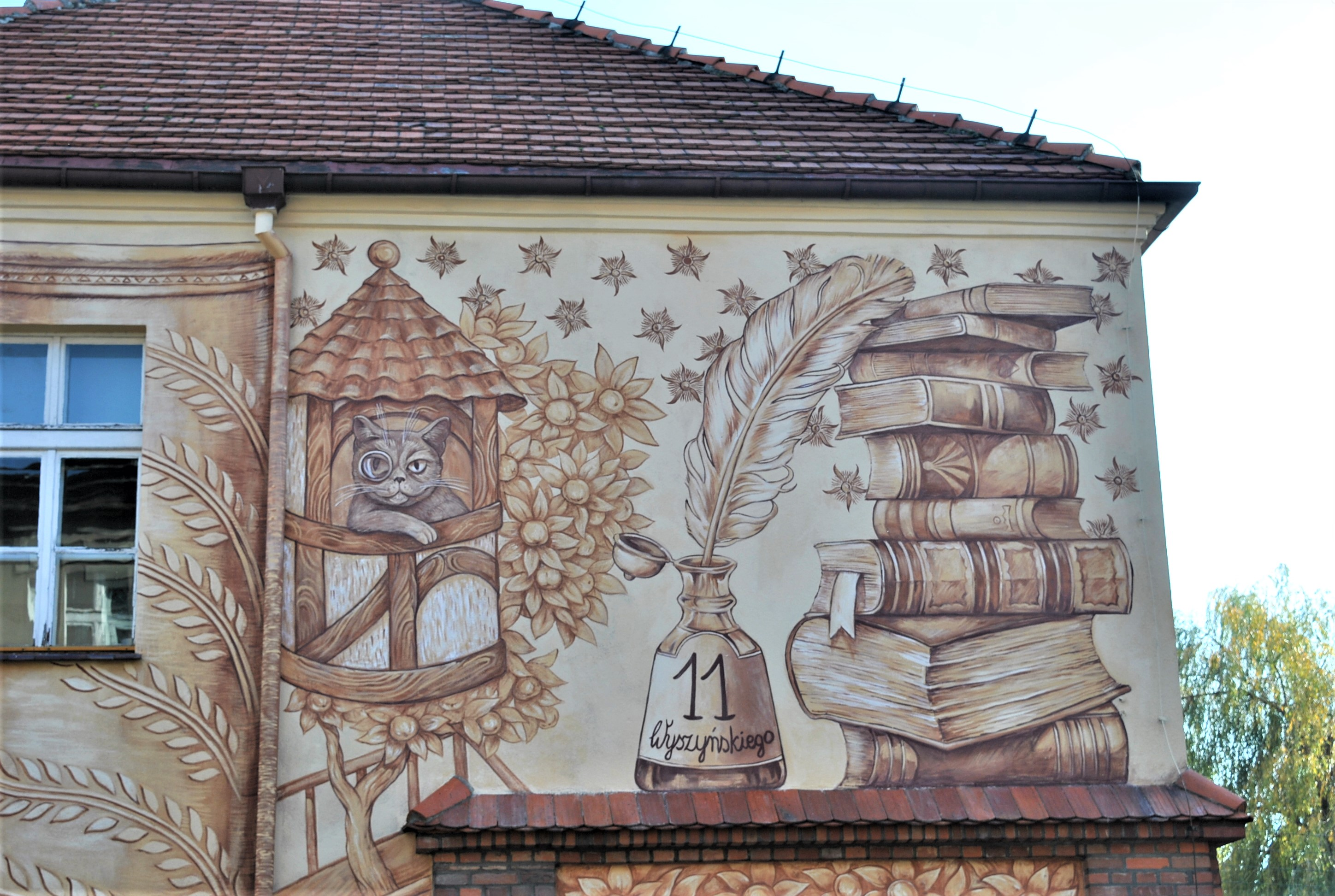 """BOOK ADWENTURES"" by Wow Wall Studio in Srem, Poland Artes & contextos book cat 1"