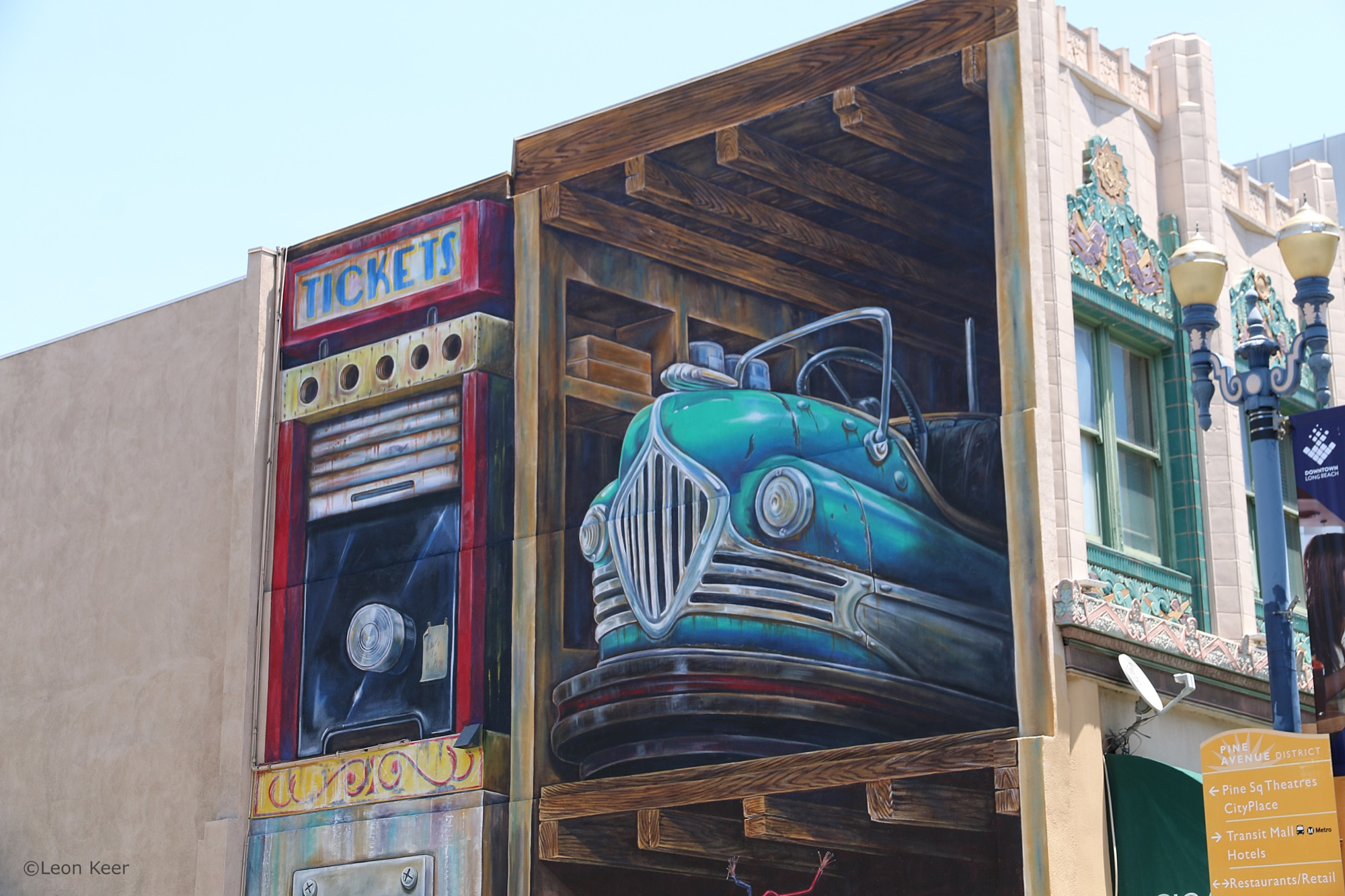 Leon Keer in Long Beach, California Artes & contextos 3dmural leonkeer powwowlongbeach 43292052991 o