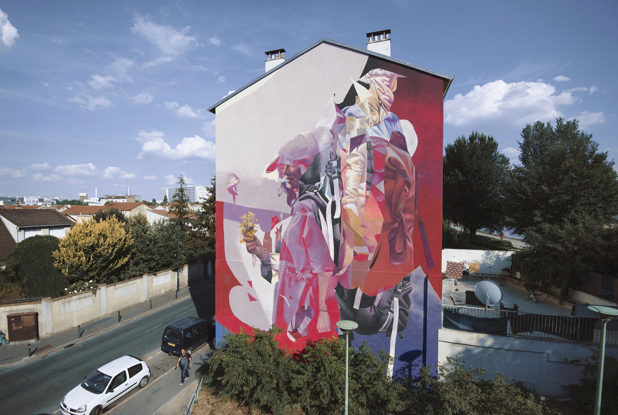 """""""Like giving flowers to a fish"""" by Telmo & Miel in Saint Denis, France Artes & contextos StDenistelmomiel"""