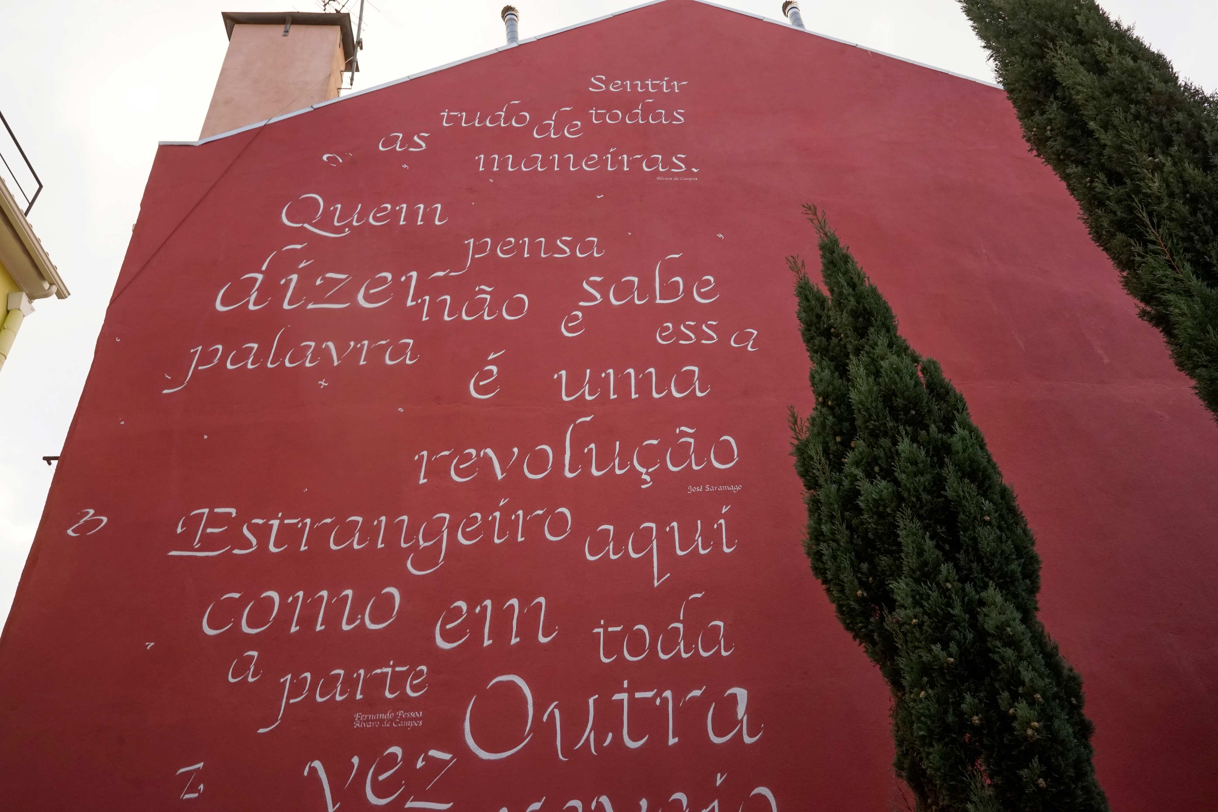 To Pessoa and Saramago: a poetry homage by Opiemme in Lisbon, Portugal. Artes & contextos Opiemme3
