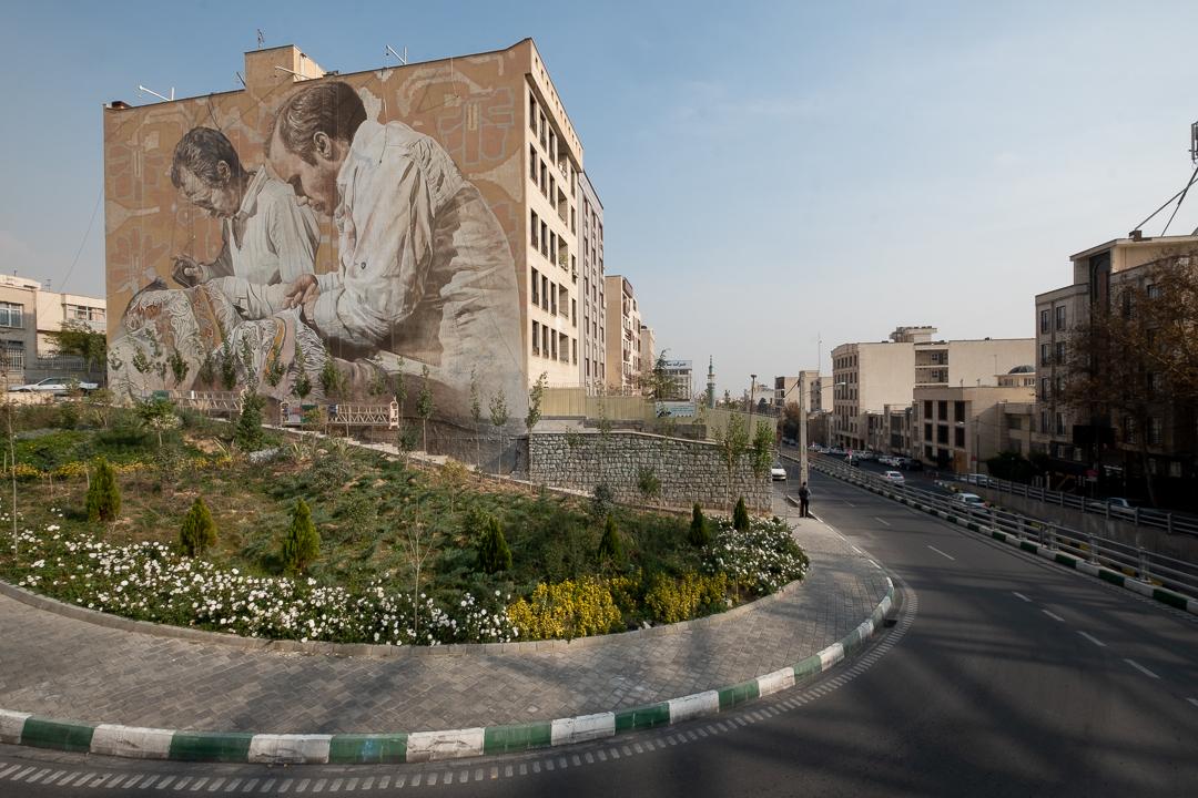 Fintan Magee & Guido Van Helten in Tehran, Iran Artes & contextos TehranGVH Instagram 2667
