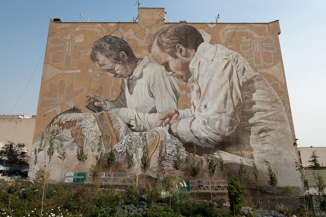 Fintan Magee & Guido Van Helten in Tehran, Iran Artes & contextos TehranGVH Instagram 2681