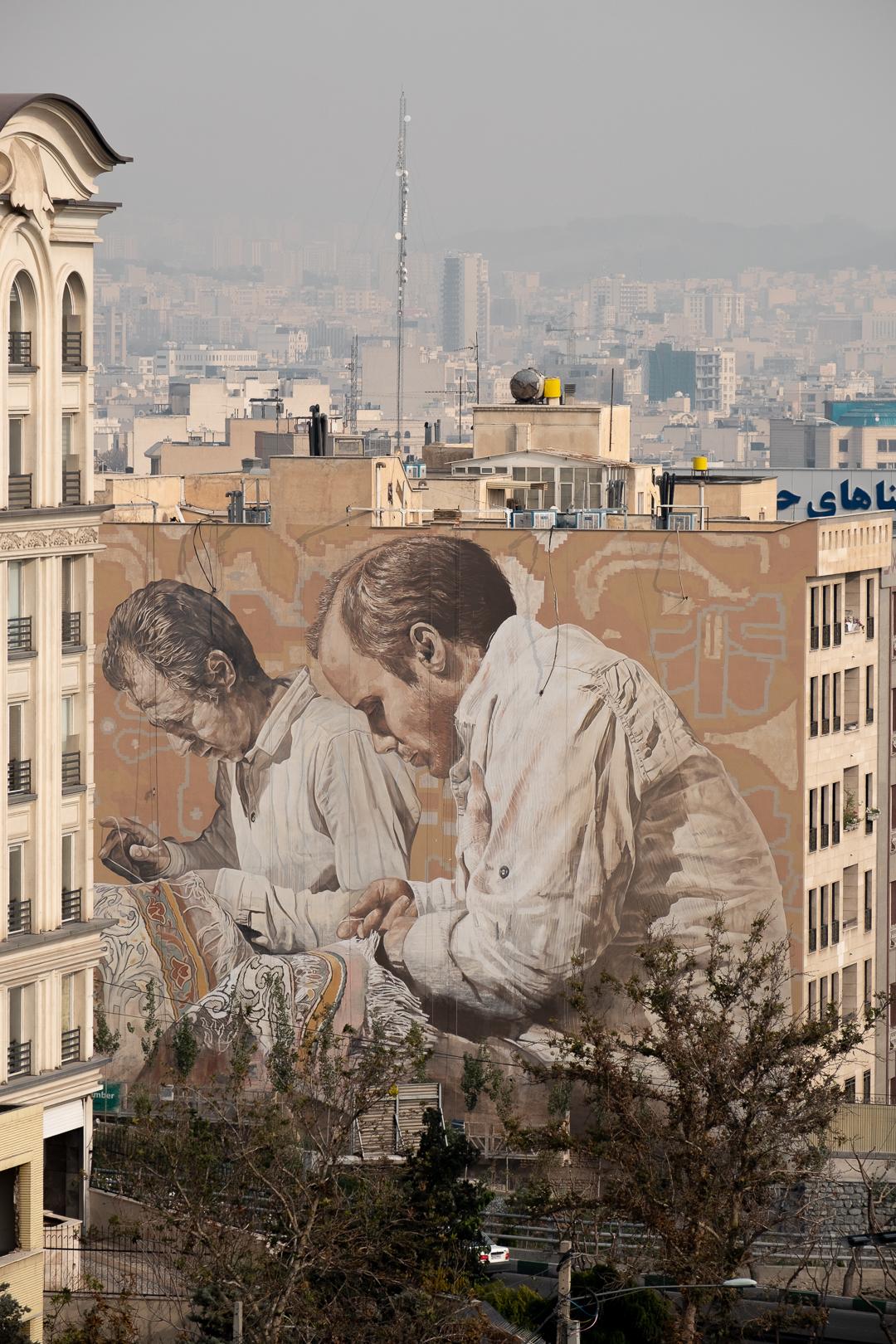 Fintan Magee & Guido Van Helten in Tehran, Iran Artes & contextos TehranGVH Instagram 2857