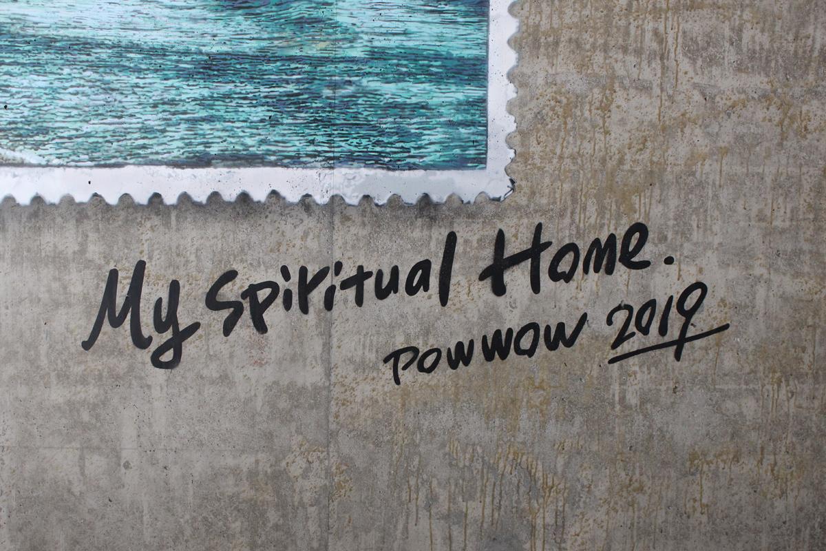 RoamCouch in Honolulu, Hawaii Artes & contextos 5