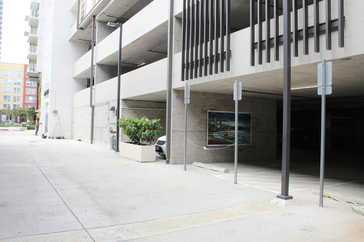 RoamCouch in Honolulu, Hawaii Artes & contextos IMG 7051