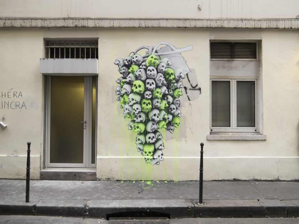 Ludo in Paris, France