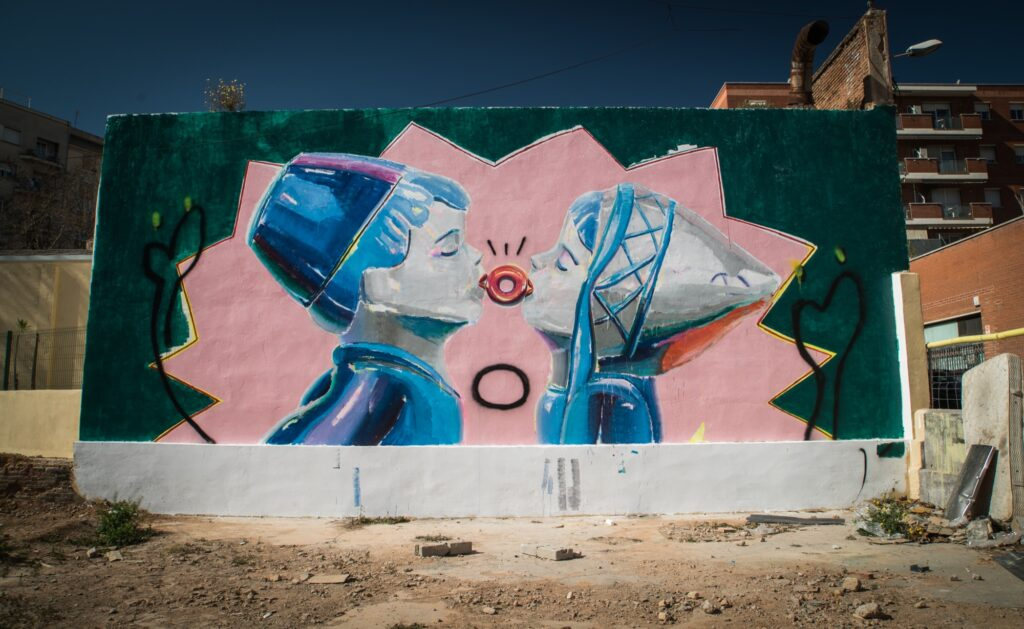 Ana Barriga's mural intervention in Barcelona