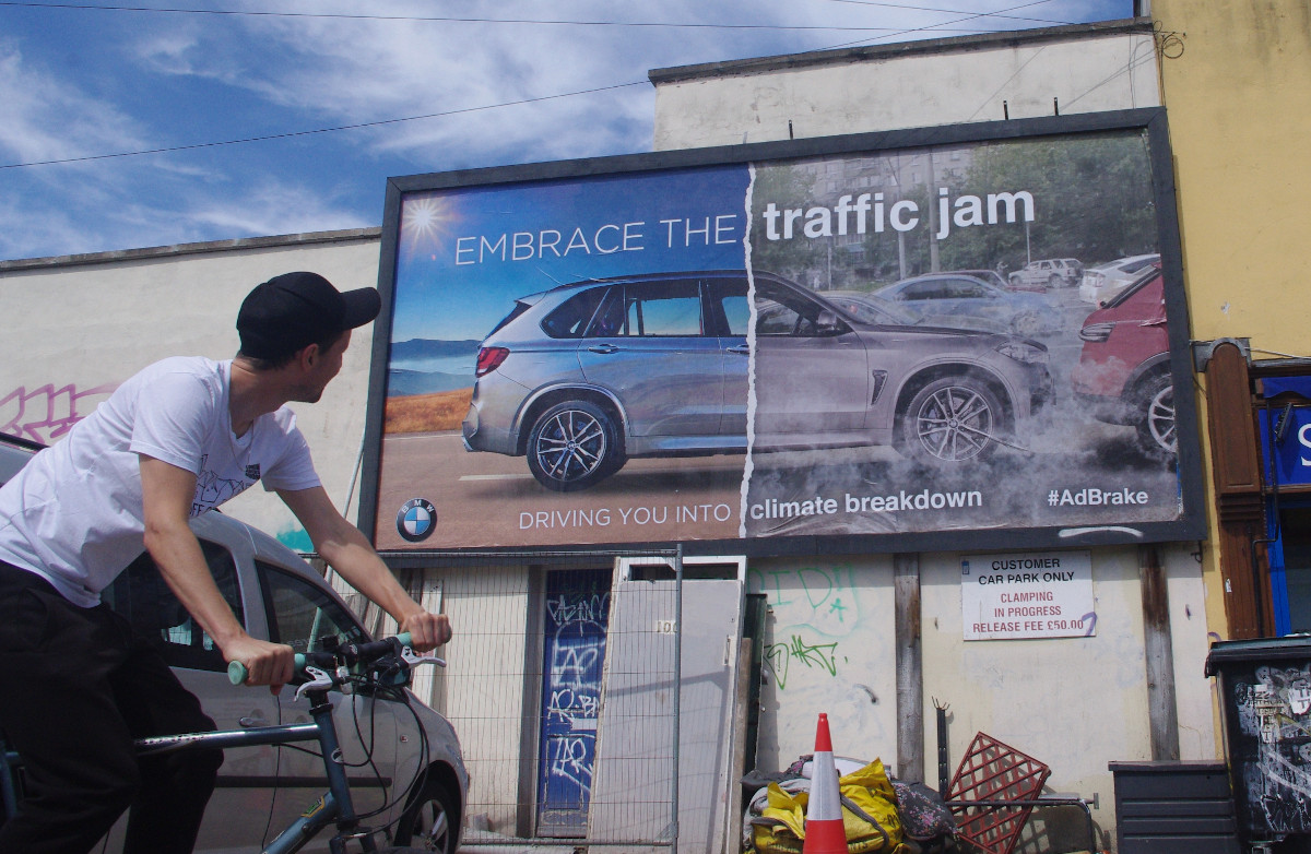 https://streetartnews.net/wp-content/uploads/2020/09/02_SUV-BMW-Embrace-the-Traffic-Jam_1200-copy.jpg