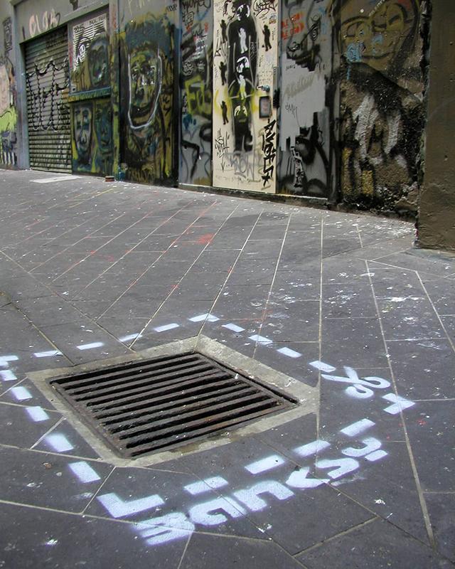 Descobrindo Banksy – Parte 1 Artes & contextos Banksy Tag 2