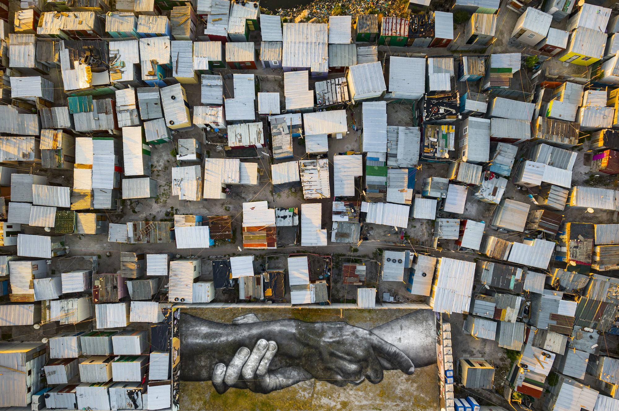 Beyond Walls, SAYPE na Cidade do Cabo Artes & contextos PRESS 04