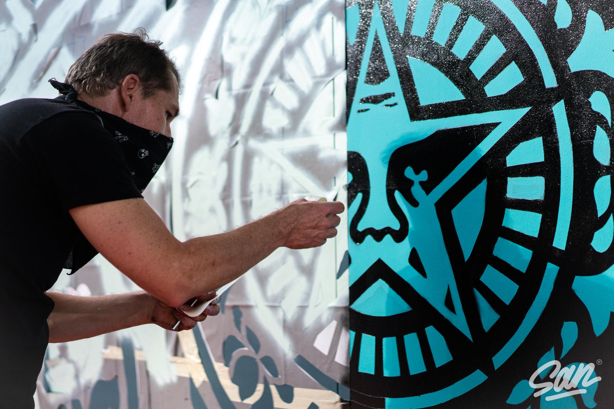 Rise Above, de Shepard Fairey no Dubai Artes & contextos Shepard Fairey Dubai March 2021 15